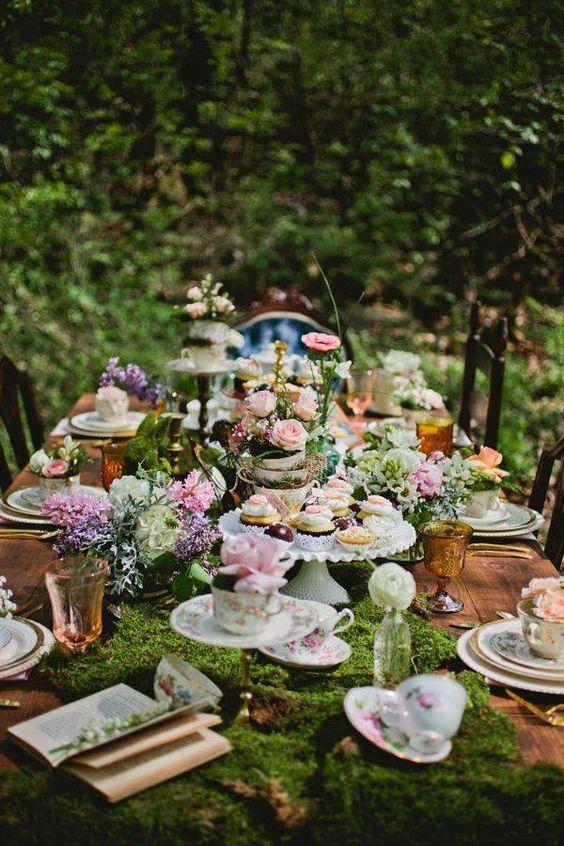 Wonderland-Themed-wedding