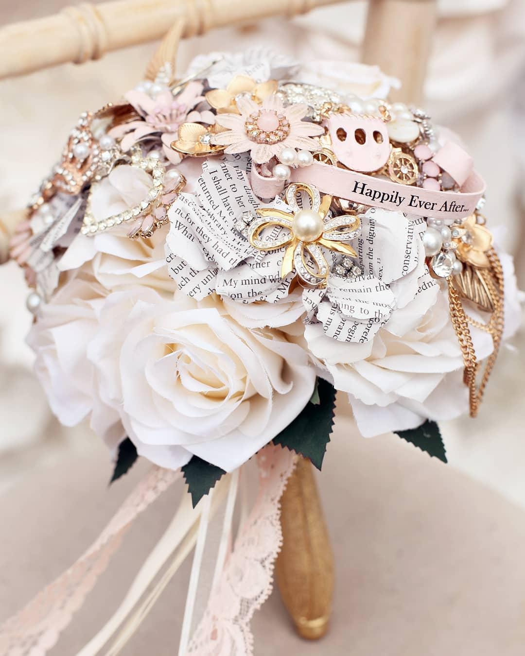 wedding-brooch-bouquet