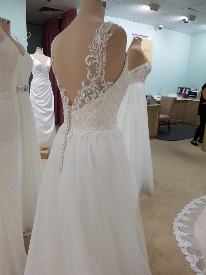 tulle becca daphne wedding dress | buy pre-loved wedding dress