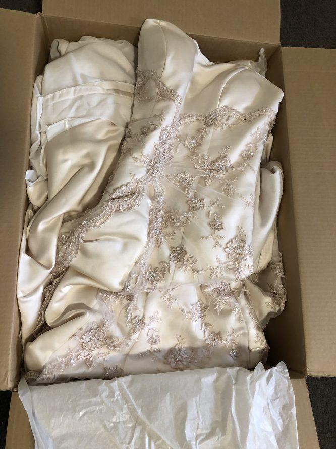 gippsland pre-loved wedding dress