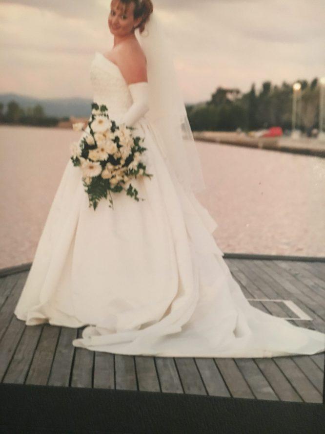 pre-loved wedding dress hunter region