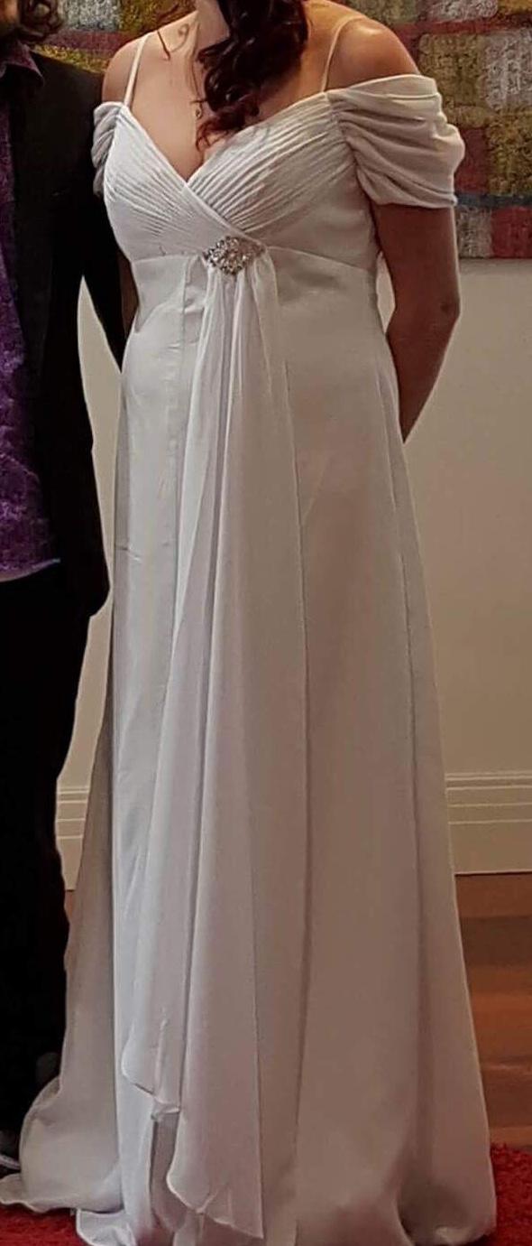 central highlands pre-loved wedding dress