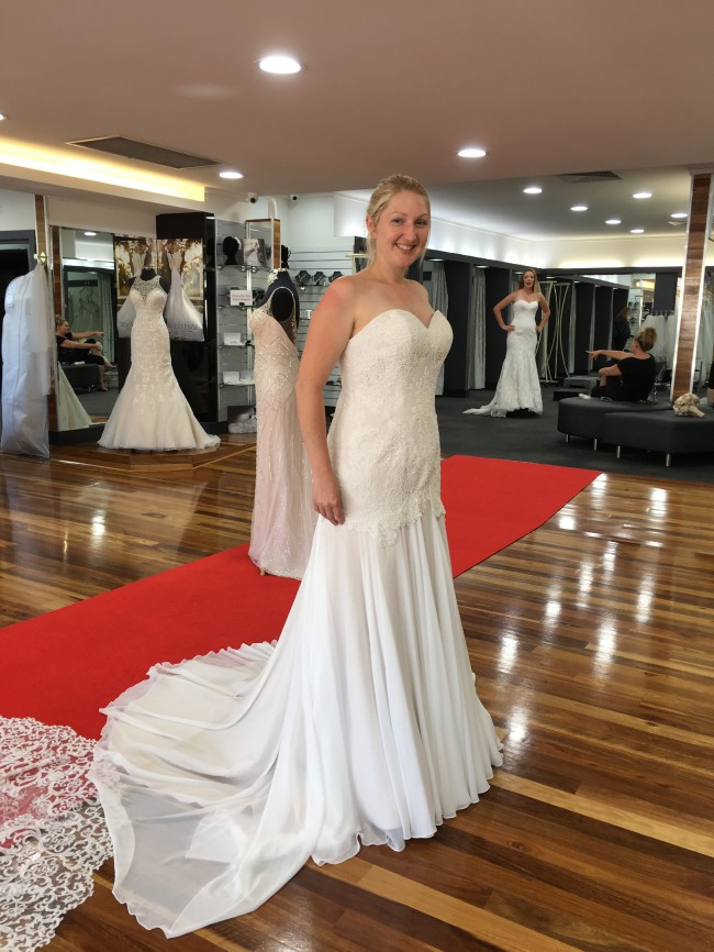 strapless brides desire wedding dress | pre-loved wedding dress australia