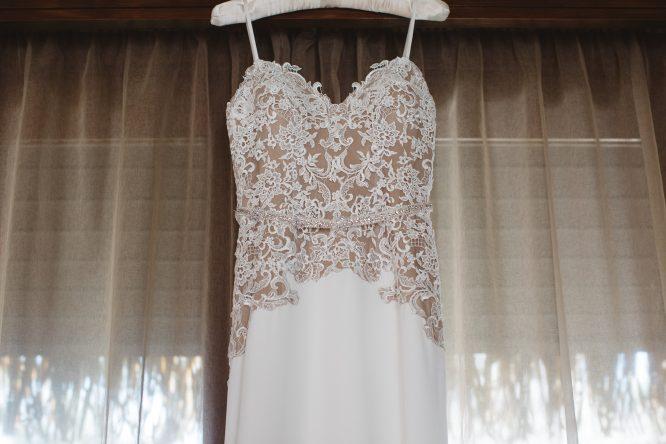 lace madeline gardner wedding dress | buy pre-loved wedding dress