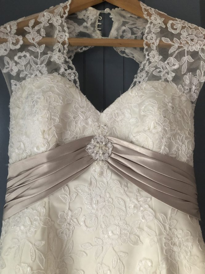 townsville pre-loved wedding dress