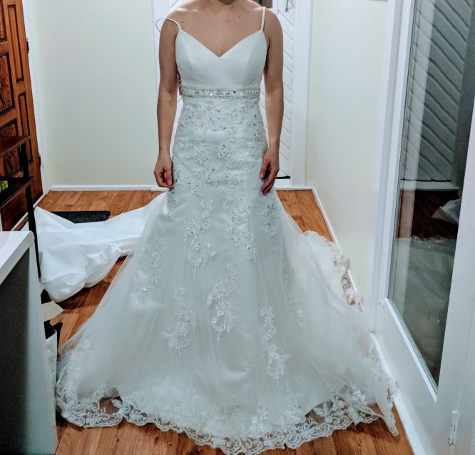 size 8 cizzy bridal wedding dress | pre-loved wedding dress australia