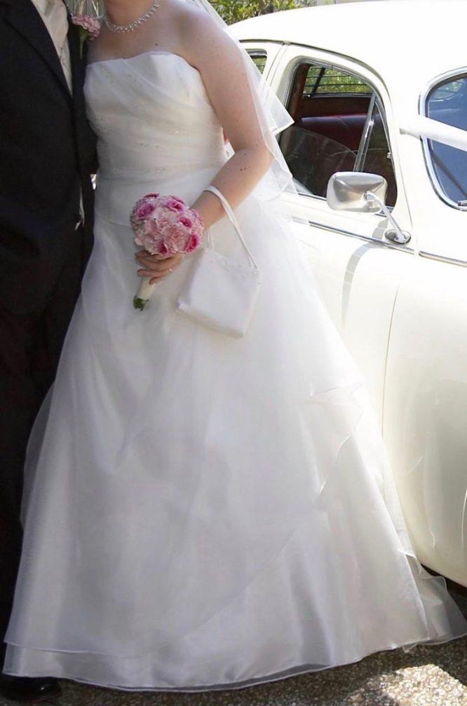 ivory bella donna wedding dress | secondhand wedding dress