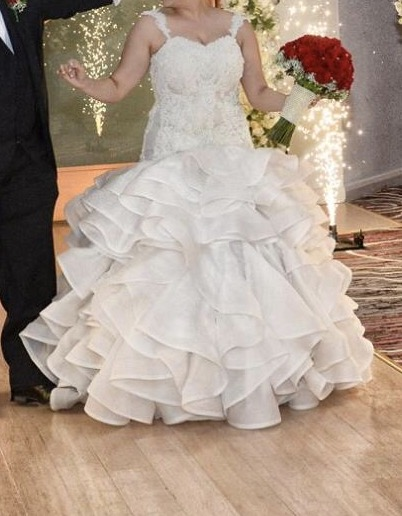 size 14 pre-loved wedding dress | sell your wedding dress