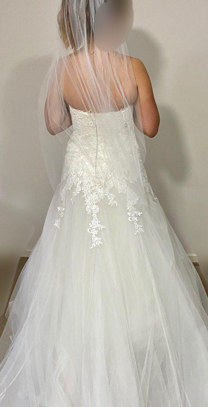 size 12 pronovias wedding dress | wedding dress hire