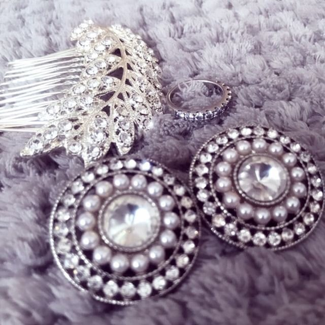 Ning wedding accessories