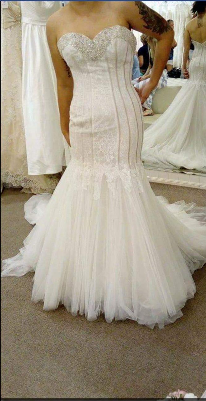 size 10 mermaid wedding dress   secondhand wedding dress