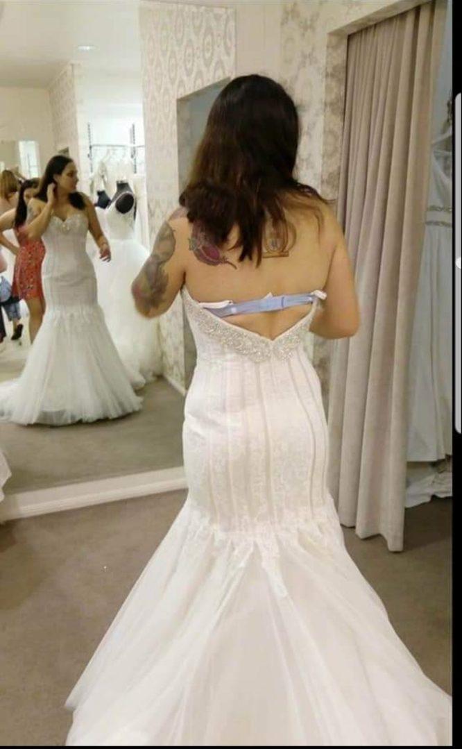 lace mermaid wedding dress   hire my wedding dress