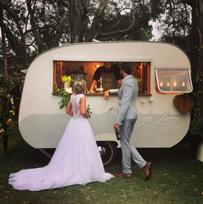 Gold coast pre-loved wedding dress