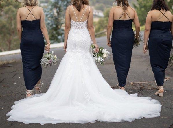 size 10 essence of australia wedding dress | wedding dress hire