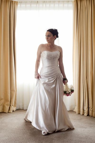 strapless wedding dress | secondhand wedding dress