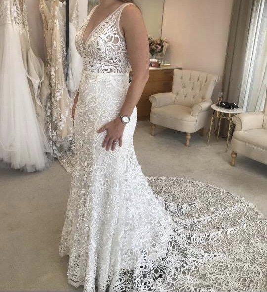 made with love sasha | pre-loved wedding dresses