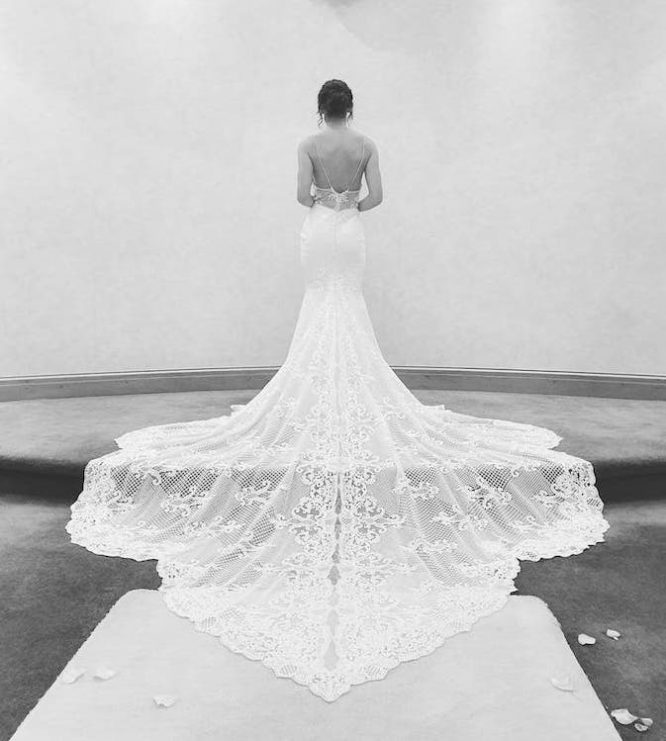 lace millinity bridal couture wedding dress | secondhand wedding dress