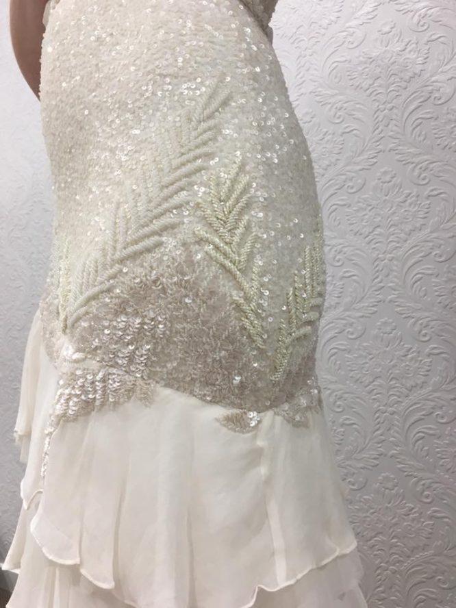 fit and flare karen willis wedding dress | wedding dress hire