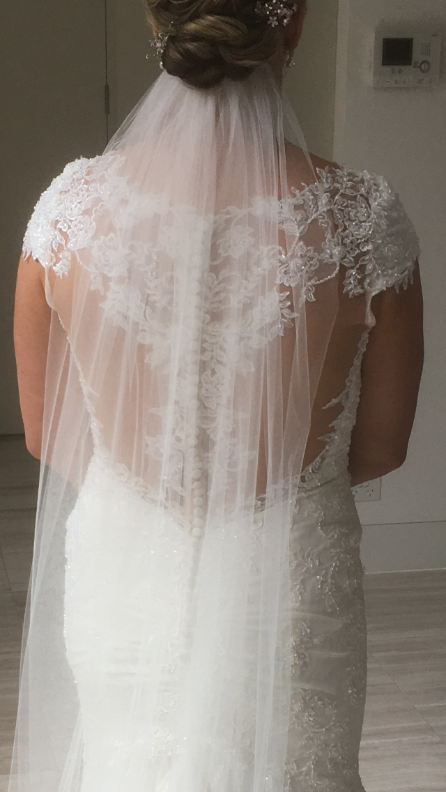 nicole spose lace wedding dress | secondhand wedding dress