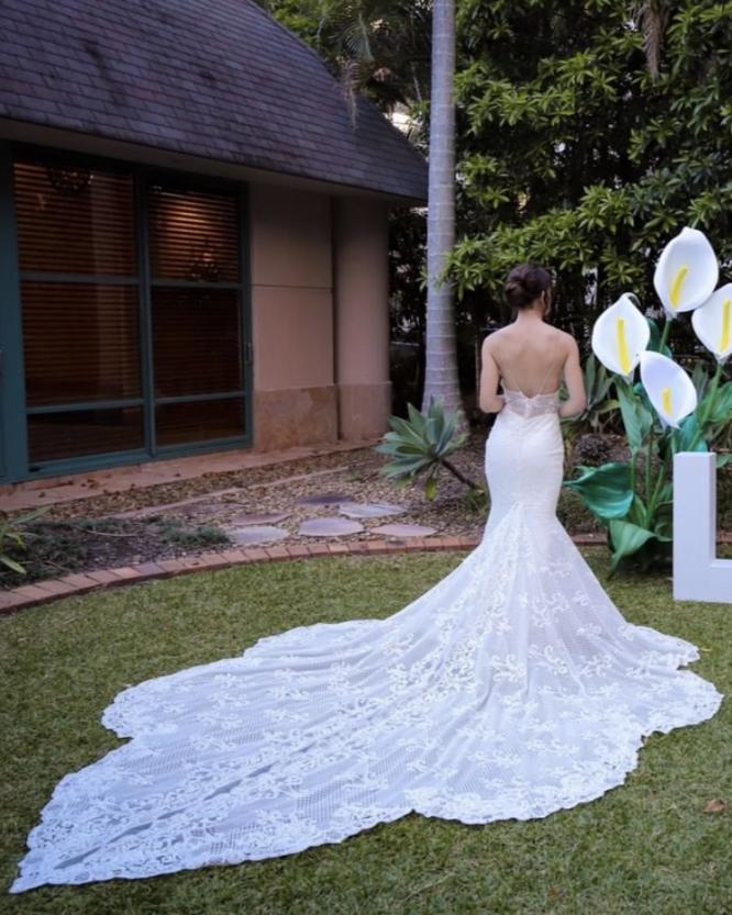 sleeveless millinity bridal couture wedding dress | gold coast wedding dresses