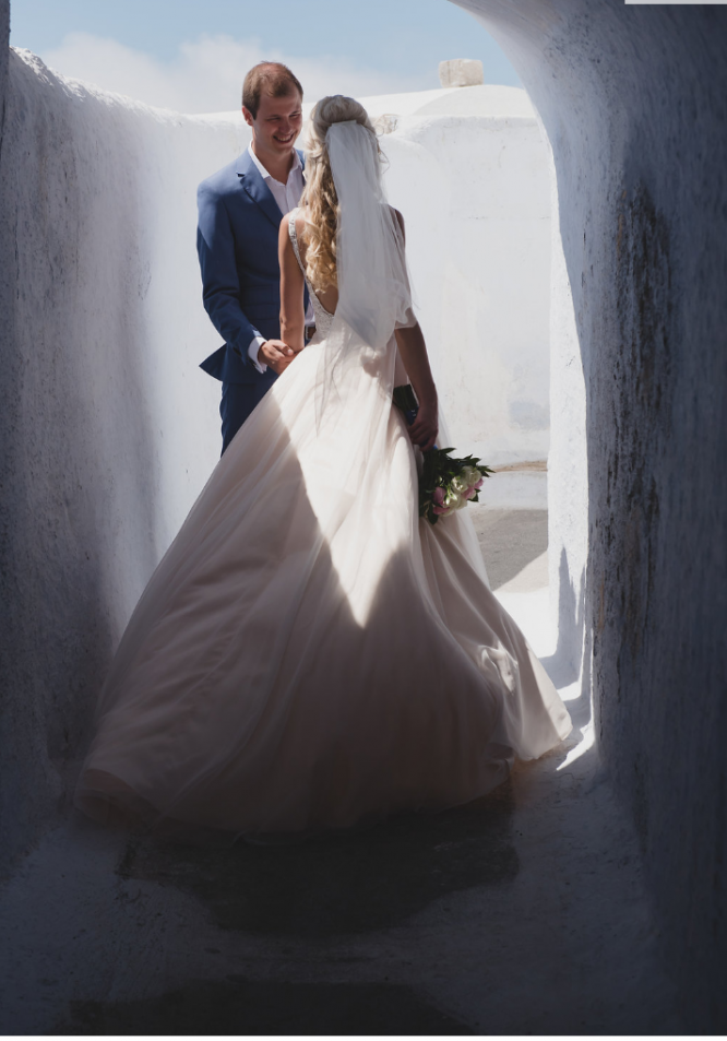 backless allure bridals wedding dress | hire out my wedding dress