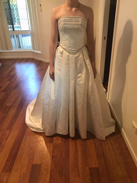 satin maggie sottero wedding dress | sell wedding dress