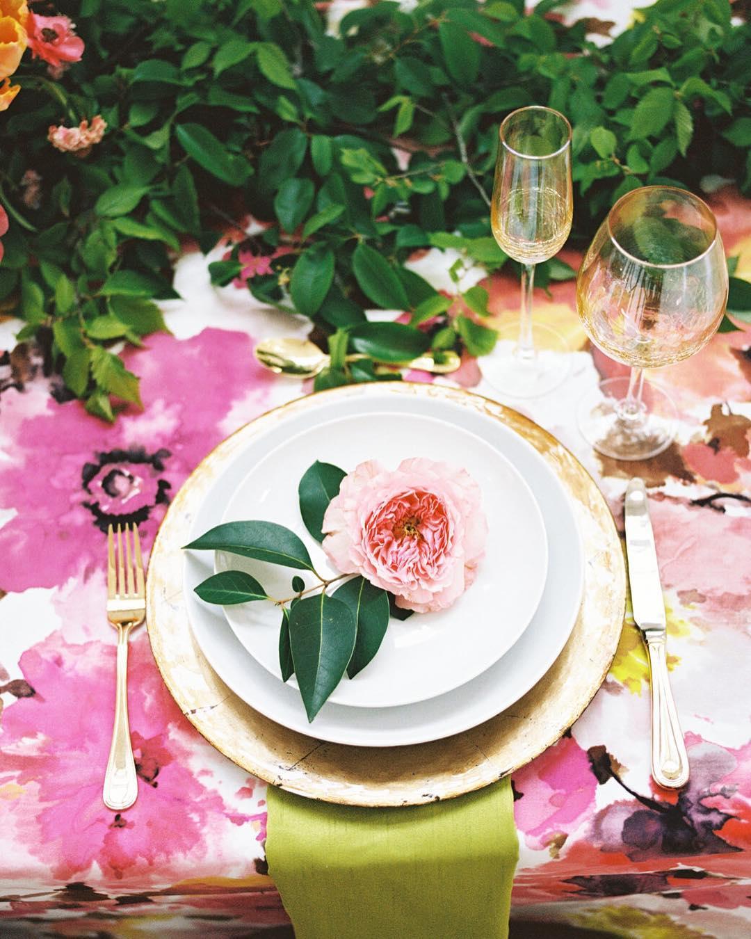 table decor for spring wedding | new spring wedding ideas