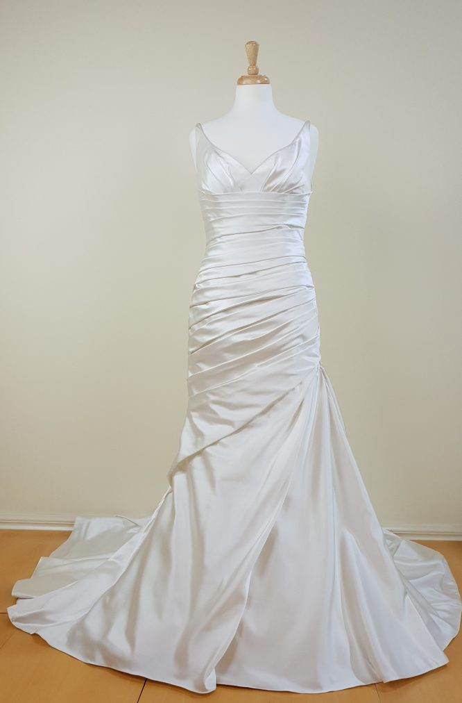 Pronovias wedding dress   preloved wedding dress