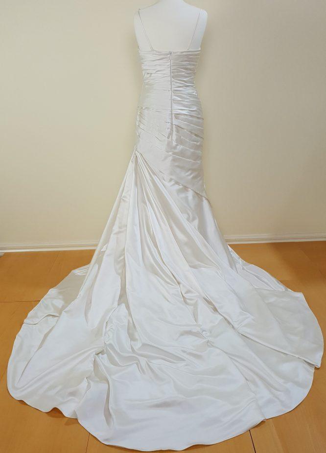 size 10 pronovias wedding dress   secondhand wedding dress