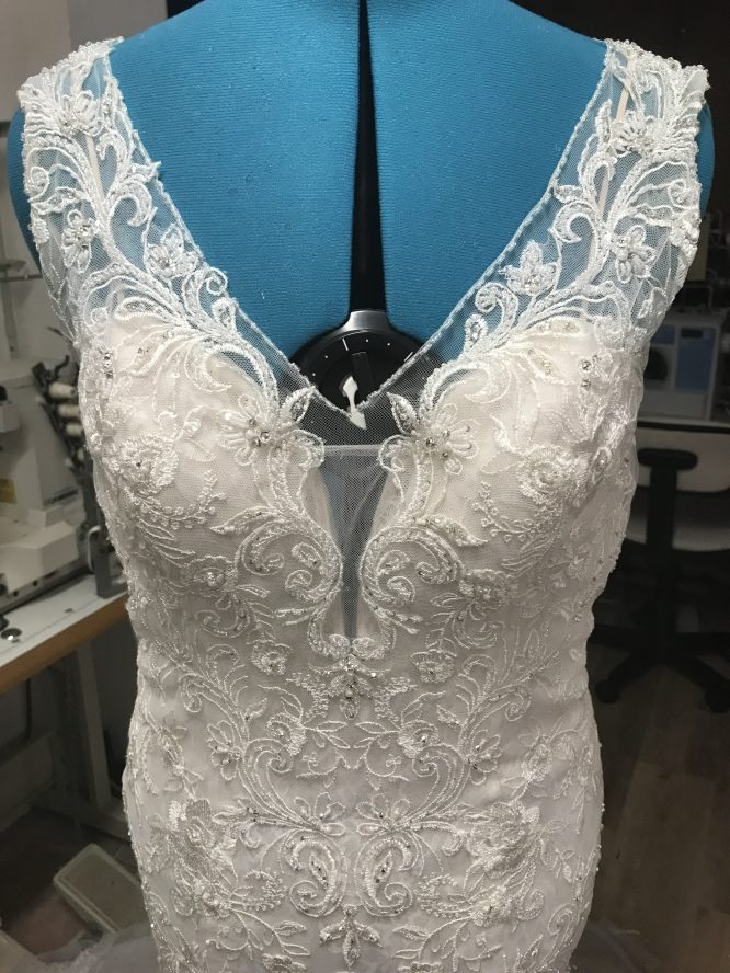 lace alfred angelo wedding dress | secondhand wedding dress