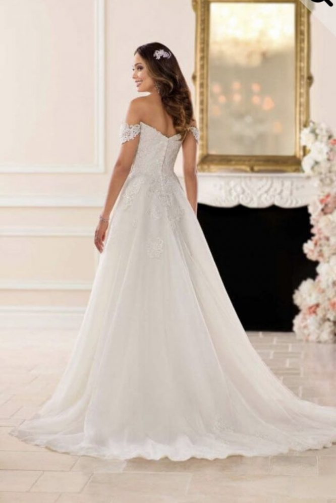 Stella york wedding dress 6684 | secondhand wedding dress