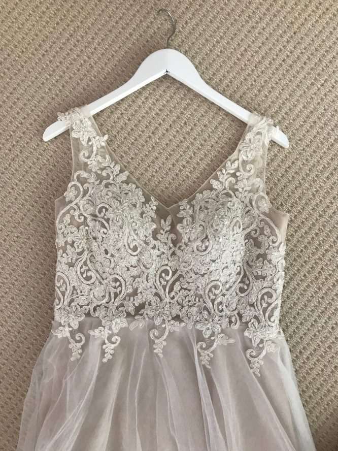 size 12 wendy makin wedding dress | wedding dress hire
