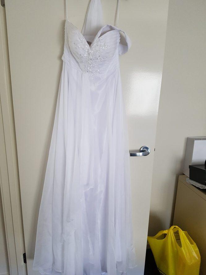 size 10 madison james wedding dress | wedding dress hire