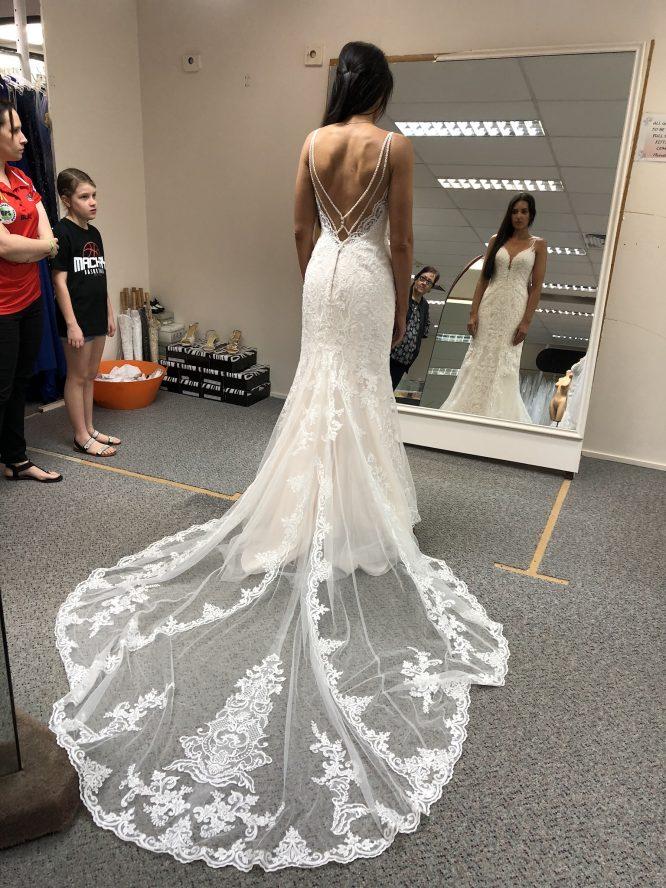 size 8 stella york wedding dress | preowned wedding dress